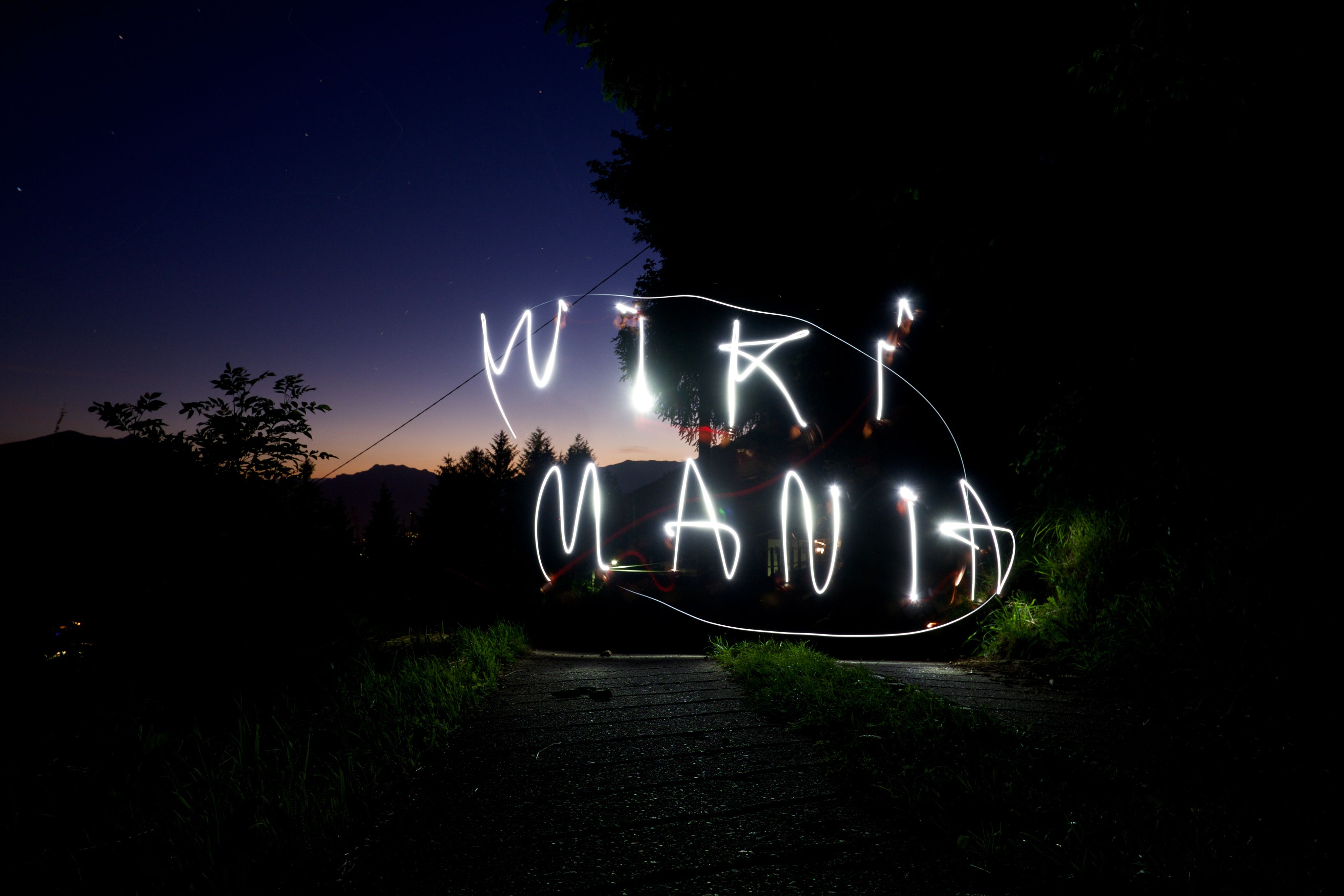 Wikimania_lightpainting_01